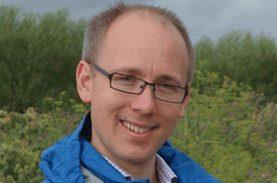 Power supply without extra fuel